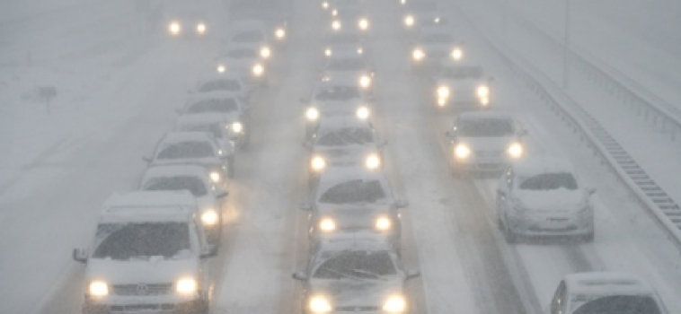 How to Drive in the Snow like a Pro